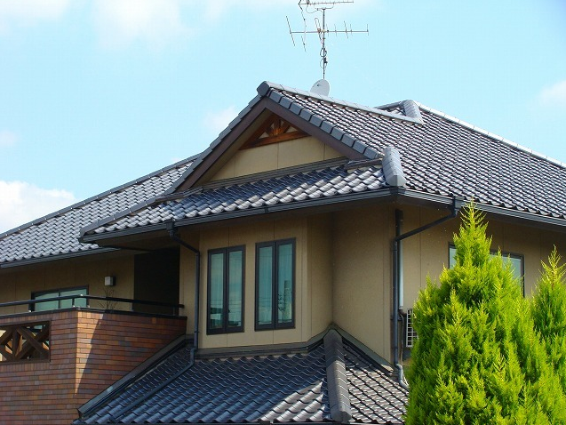 和風に少し洋風の屋根 さらに付加価値をつけると・・・