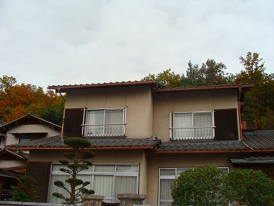 セメント瓦 → 石州和型瓦で 屋根改修工事