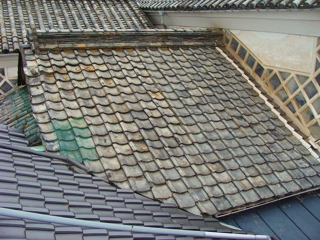 屋根瓦にやってはいけないこと