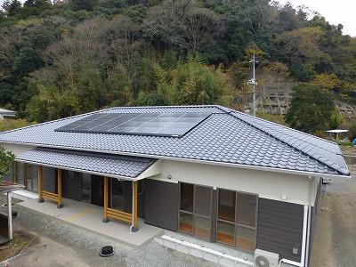 岡山市北区金川 新和風屋根と太陽光発電のマッチ