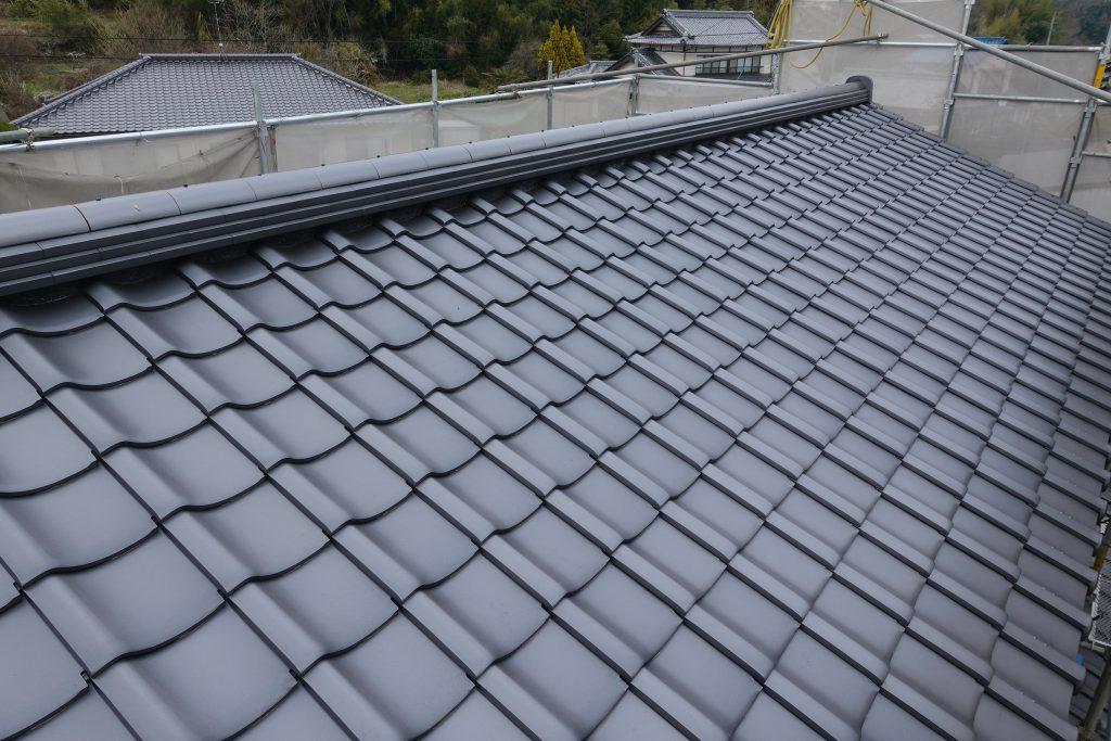 施工事例:屋根葺き替え工事  セメント 瓦→三州陶器和型瓦