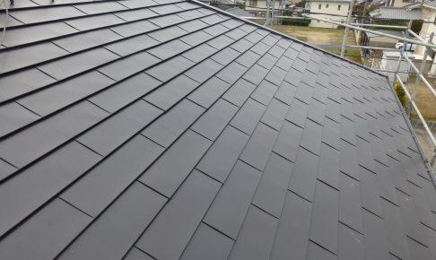 【施工事例】カラーベスト屋根 ⇒ ガルバリウム鋼板屋根
