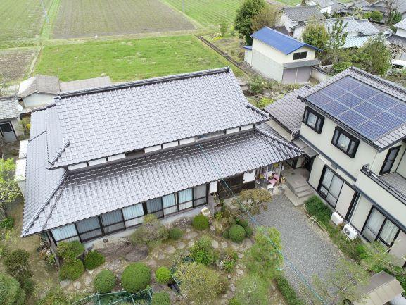 Dear屋根替えご検討の皆様 岡山県初採用 この瓦の形状と施工法