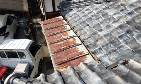 屋根がこんな状態ならご相談を!!