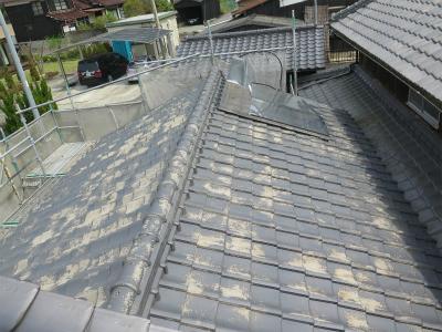 屋根水洗い ケレン作業