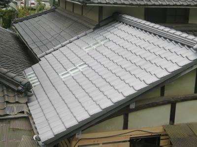 ガラス瓦 屋根面