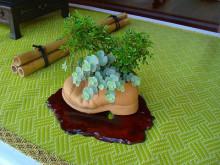 おちゃむの『よろこびの庭』-グラントワ内 靴陶器